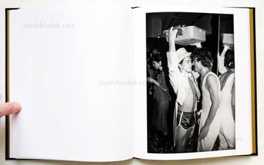 Sample page 9 for book  Tod Papageorge – Studio 54