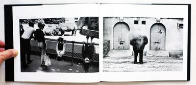 Sample page 2 for book  Winogrand Garry – The Animals